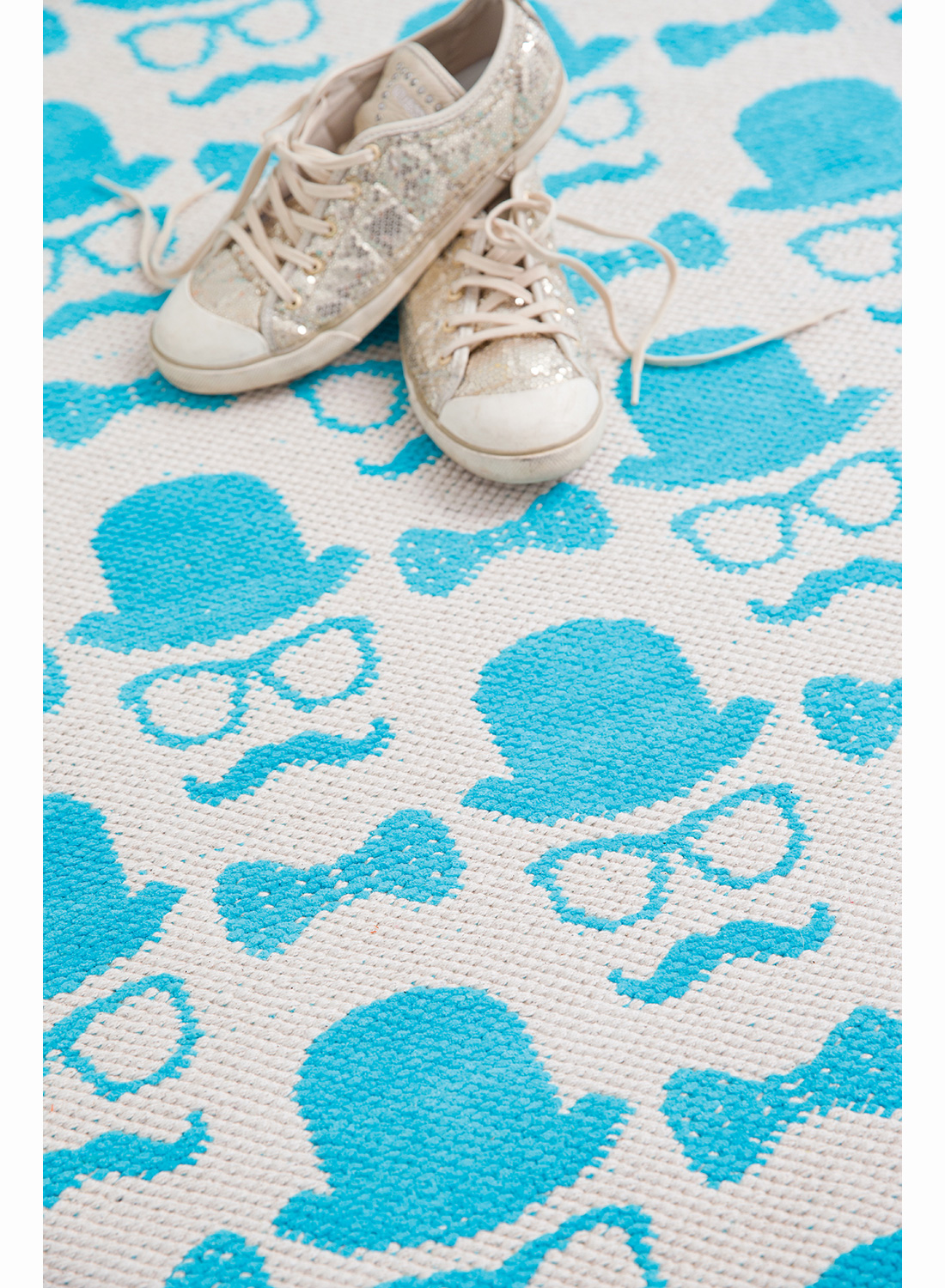 1000 Images About Tapis Pour Ados On Pinterest Moustache Sons And Fans