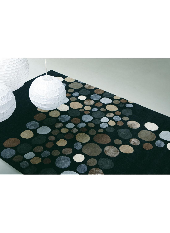 tapis a bulles carnaval tapis moderne par brink and. Black Bedroom Furniture Sets. Home Design Ideas