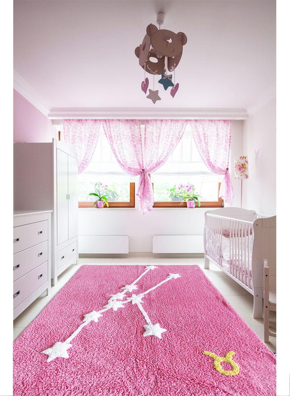 Tapis chambre enfant constellation taureau tapis enfants for Tapis rose chambre bebe