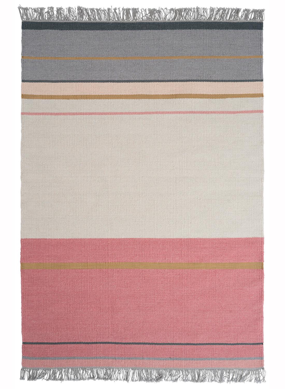 tapis pour salon kilim metallum en laine par linie design. Black Bedroom Furniture Sets. Home Design Ideas